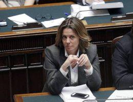 Il Ministro della Salute, Beatrice Lorenzin, alla Camera per il voto di fiducia sul programma di governo, Roma, 29 aprile 2013. ANSA/GIUSEPPE LAMI